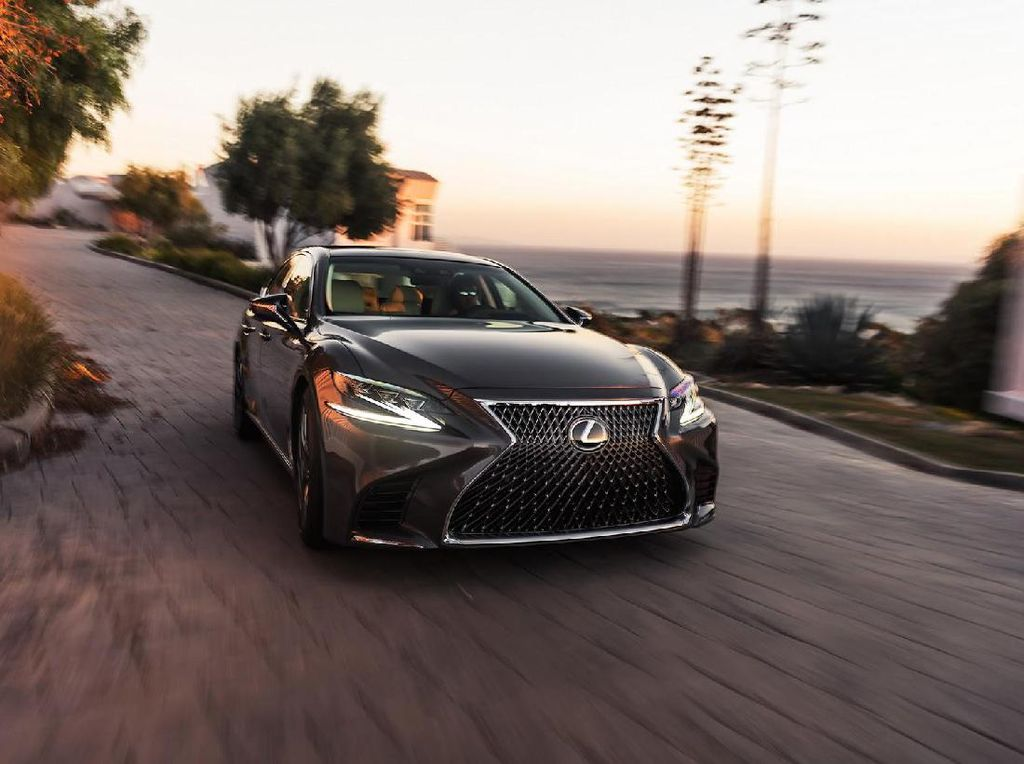Lexus LS Makin Kece