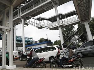 PT TransJ soal Halte Menjulang Koridor 13: Bangun Lift dan Eskalator