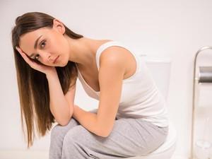 Mana yang Lebih Dipilih Wanita, Naik Berat Badan Atau Wajah Jerawatan?