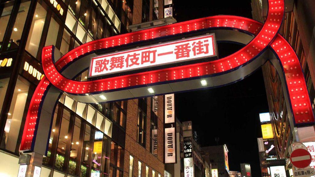 Kabukicho di Tokyo, Dari Striptis Sampai Gadis Penghibur