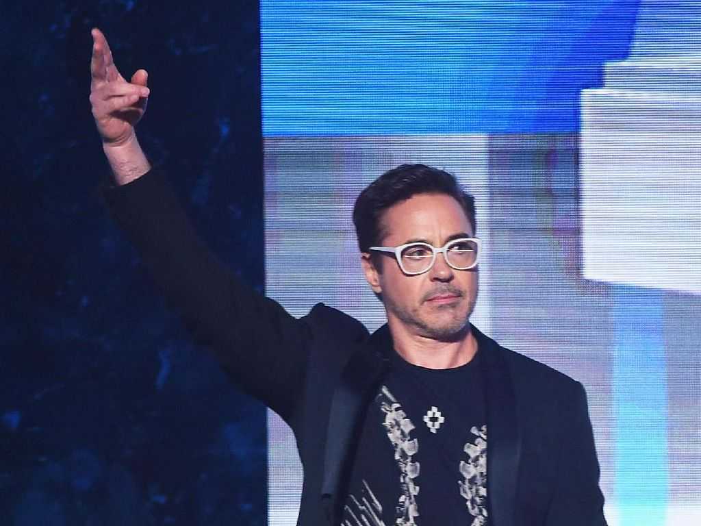 Robert Downey Jr. Berduka, Asisten Pribadi Meninggal karena Kecelakaan