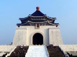 Monumen Bapak Bangsa Taiwan di Taipei
