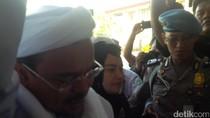 Jalani Pemeriksaan, Habib Rizieq Didampingi 5 Pengacara