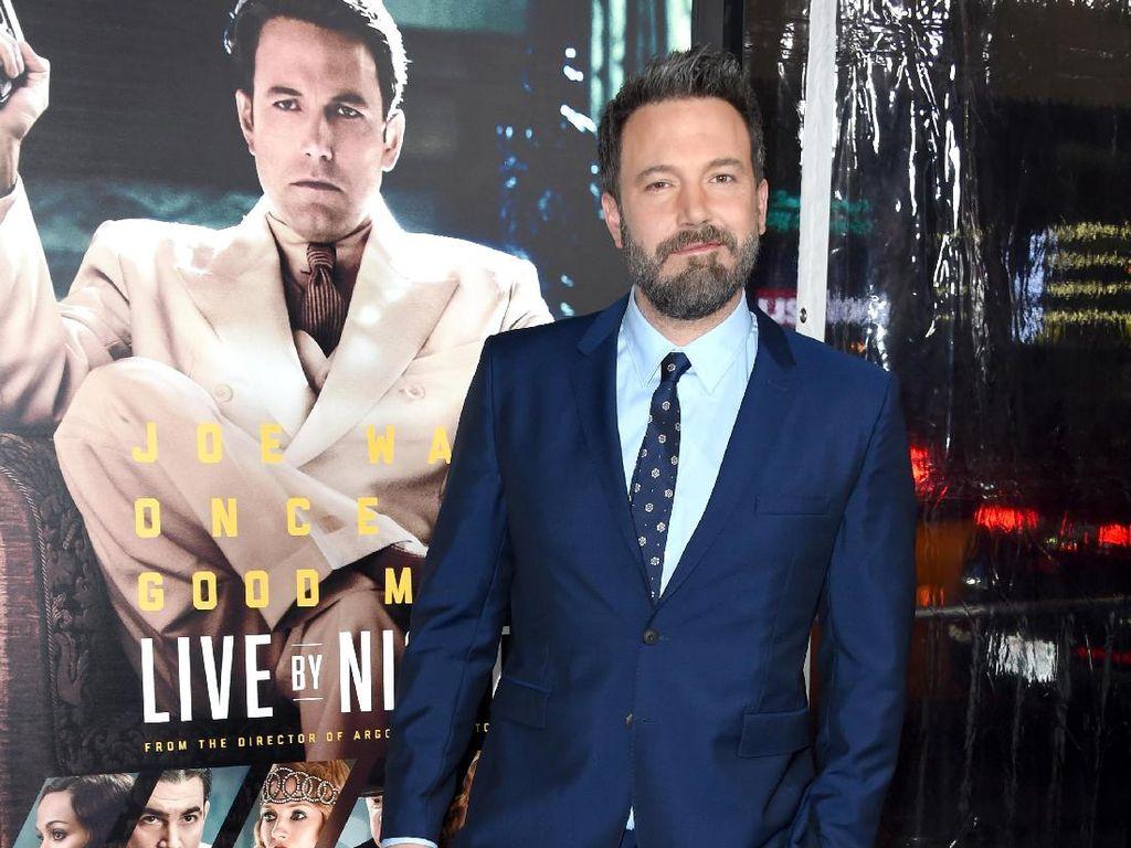 Lepas dari Batman, Ben Affleck Siap Jadi Sutradara Film DC
