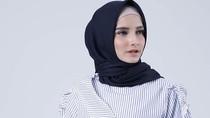 6 Busana Hijab dari Dian Pelangi Hingga Itang Yunasz di Bawah Rp 300 Ribu