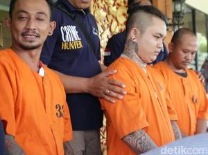 Buronan Pengeroyok WNA di Bar Serahkan Diri ke Mapolda Bali