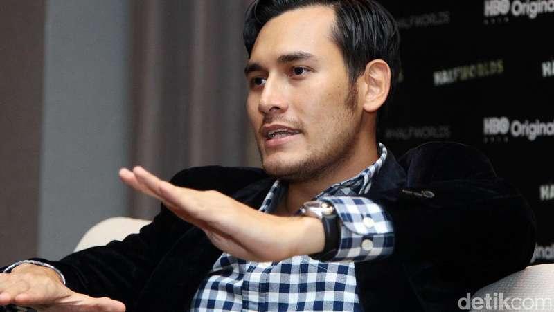 Antusiasnya Arifin Putra saat Main di Halfworlds Season 2