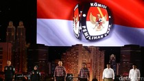 Djarot Tantang Anies-Sandi Debat soal Mobil Mewah Masuk Jakarta