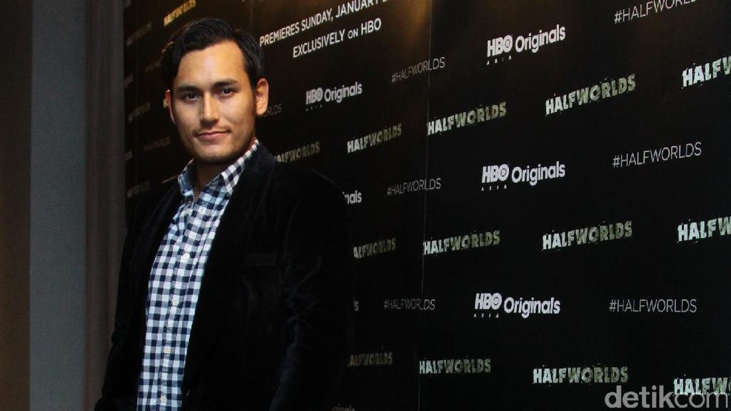Arifin Putra Cerita Pengalaman Kerja Sama dengan Sutradara dan Aktor Asing