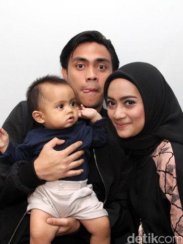 Ayudia Bing Slamet Berikan Tips Hijab untuk Mahmud yang Masih Menyusui