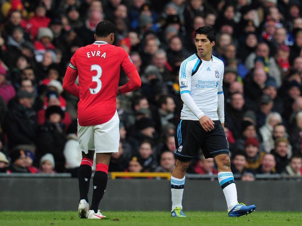 Evra Vs Suarez Berujung Ancaman Pembunuhan oleh Pendukung Liverpool