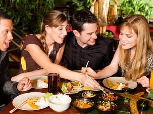 Perhatikan 10 Hal Ini Saat Makan di Restoran Agar Terhindar dari Keracunan Makanan (2)