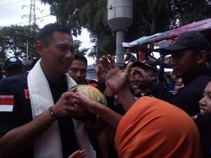 Ira Koesno Bilang Tangannya Dingin, Ini Kata Agus Yudhoyono