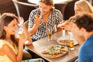 Perhatikan 10 Hal Ini Saat Makan di Restoran Agar Terhindar dari Keracunan Makanan (1)