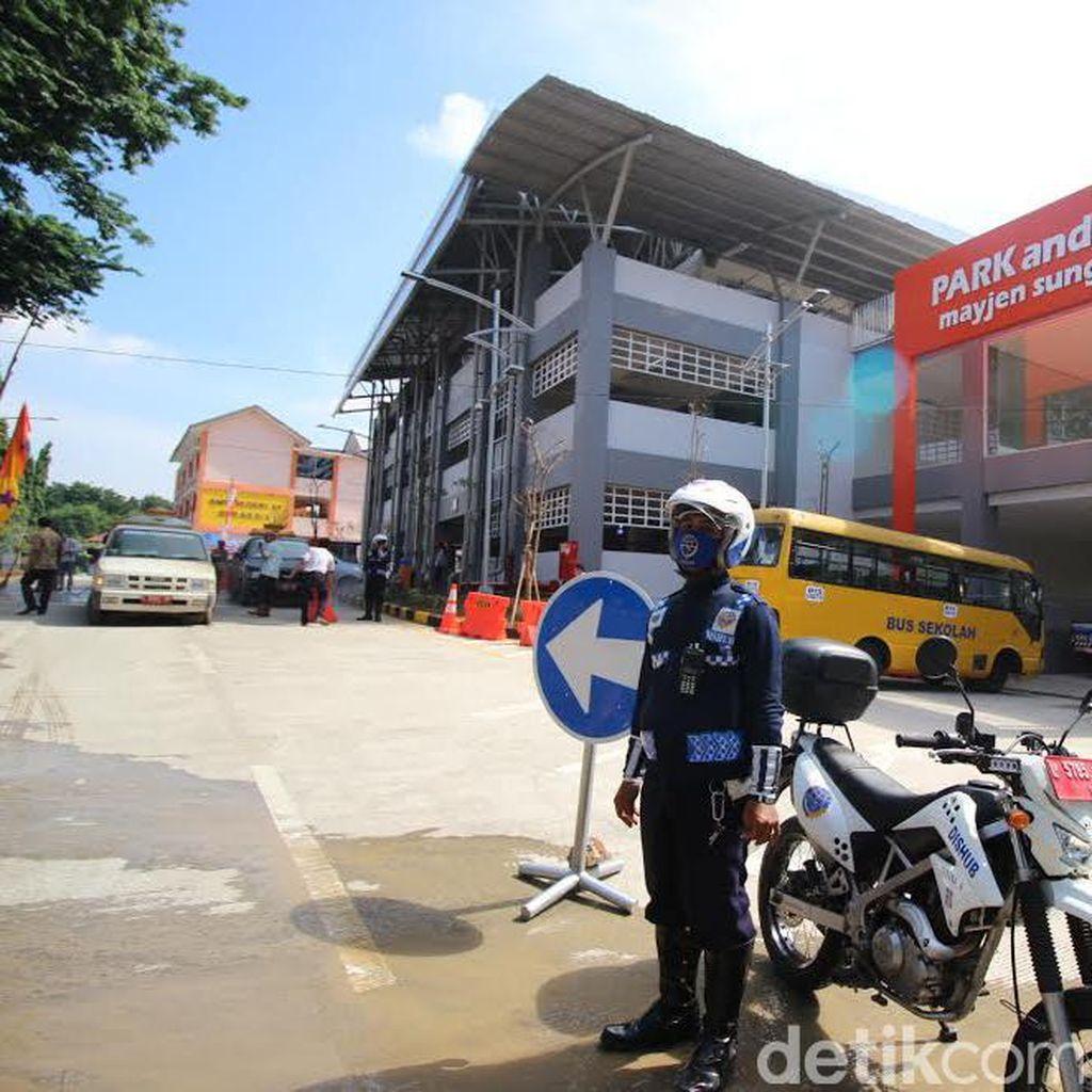 Operasional Gedung Parkir Mayjen Sungkono Disambut Baik Masyarakat