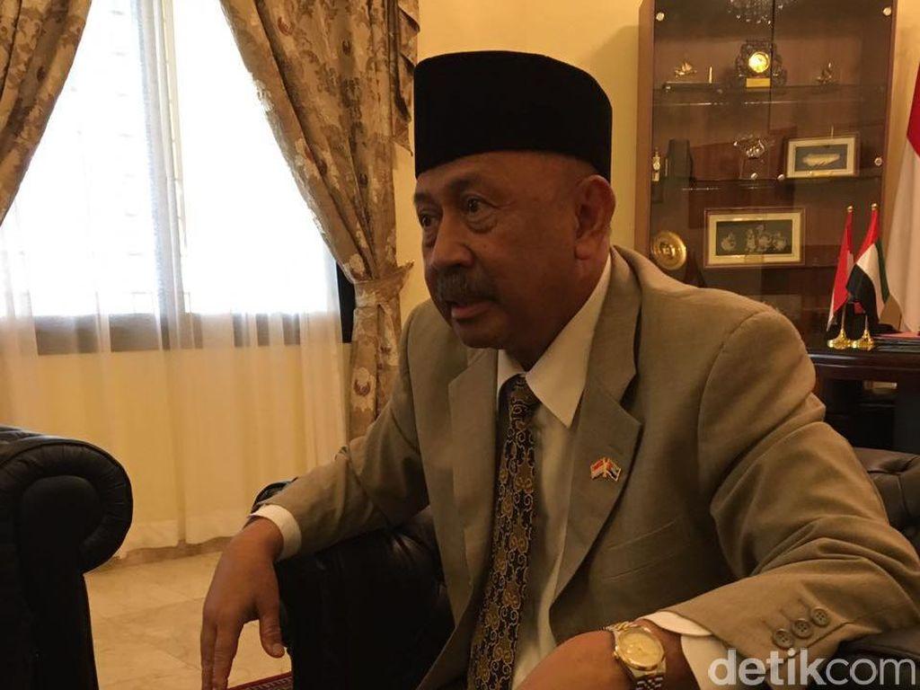 Di Balik Mesranya Hubungan Jokowi-Pangeran UEA