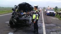 Kecelakaan Maut di Tol Cipali, Mobil Luxio Angkut 10 Orang