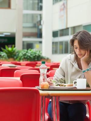 Hilangnya Nafsu Makan pada Pengidap Kanker Menghambat Pengobatan