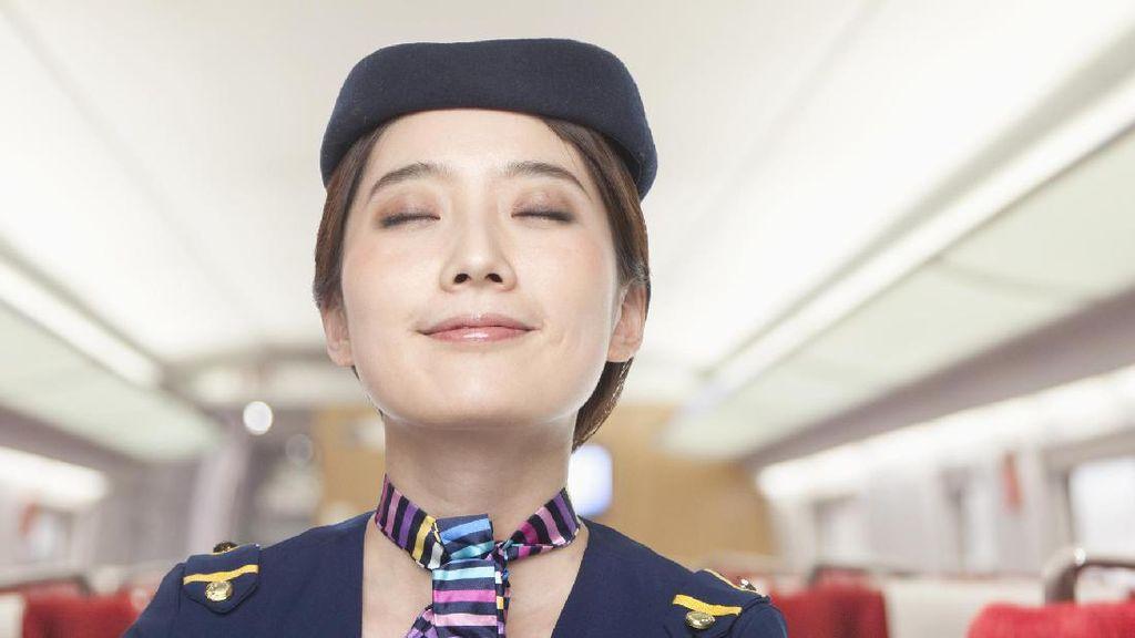 Ini Rahasia Pramugari Korea Tetap Cantik Saat di Pesawat