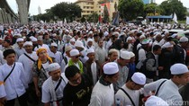 Munarman Cs Keluar dari Mabes Polri, Massa Bergerak ke Al Azhar