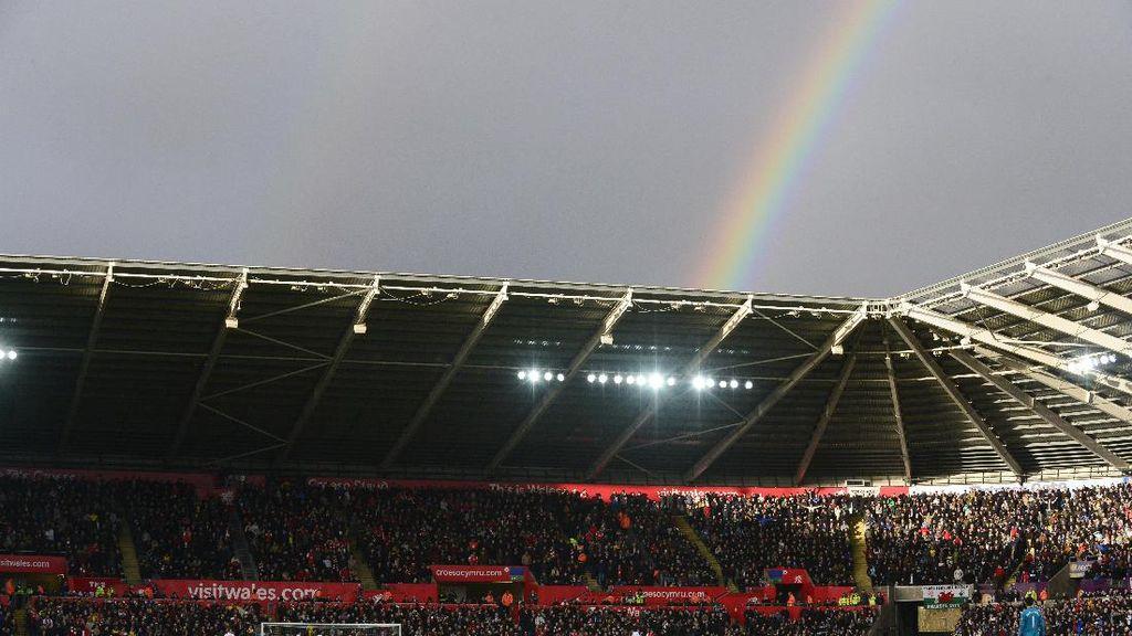 Foto-foto Terbaik Pekan 21: Petaka Man City dan Hasil Imbang di Old Trafford