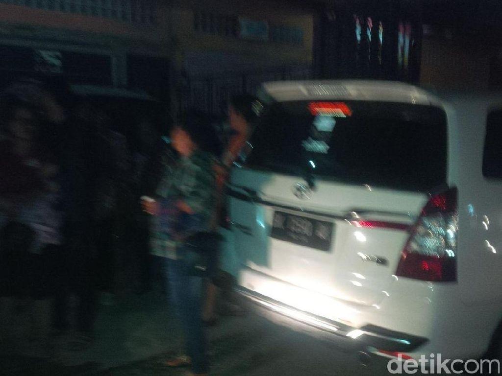 Guncangan Gempa 5,6 SR Terasa Kuat, Warga Medan Berhamburan