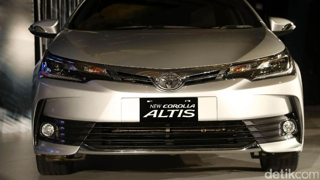 Bukti Toyota Corolla Altis Aman untuk Dikendarai
