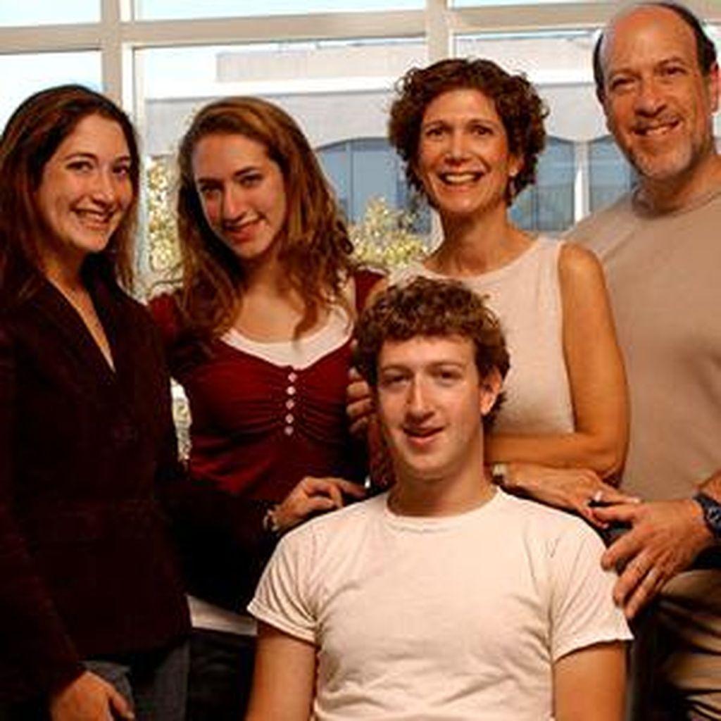Resep Zuckerberg Besarkan Anak Jadi Kaya Raya