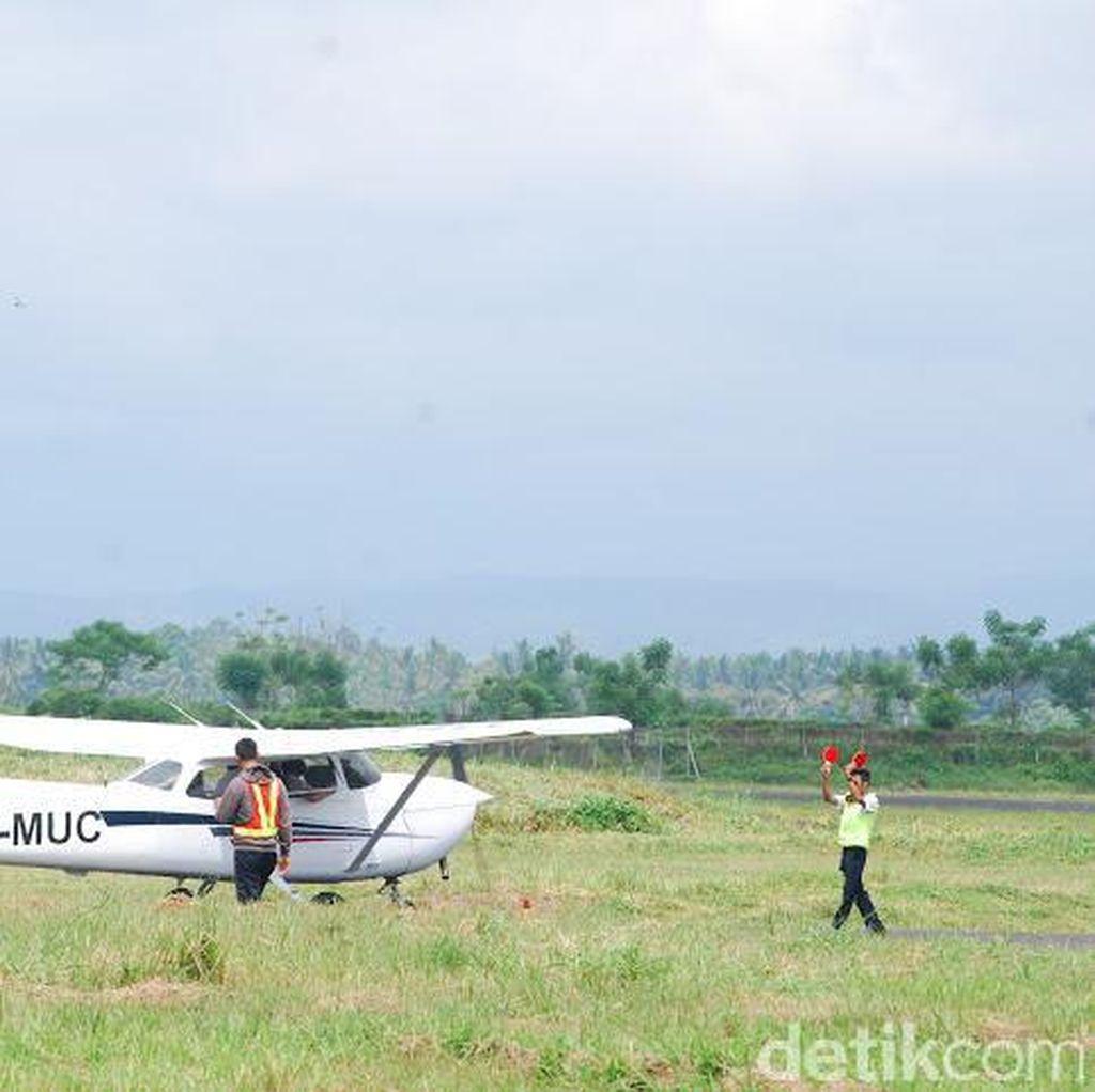 Seperti Ini Pesawat Latih yang Terbakar di Bandara Blimbingsari