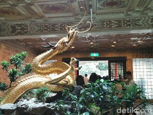 Kisah Patung Naga Emas Pengabul Keinginan dari Taiwan