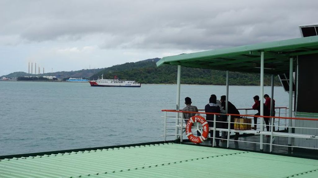 Menikmati Kapal Ferry dari Merak ke Bakauheni
