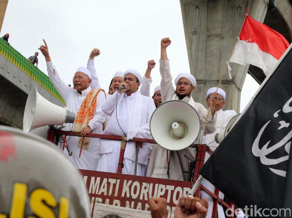 Habib Rizieq Pimpin Demo di Mabes Polri