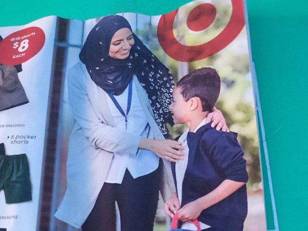 Tampilkan Wanita Berhijab di Katalog, Brand Target Jadi Kontroversi