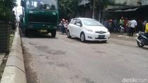 Jalan Rusak di Pasuruan Telan Korban Pengendara Motor