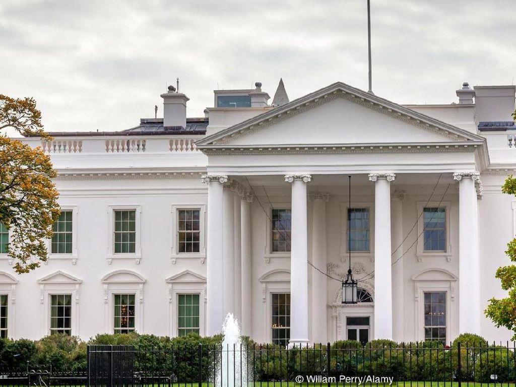 Gedung Putih Pindahkan Foto George W Bush dan Bill Clinton, Ada Apa?