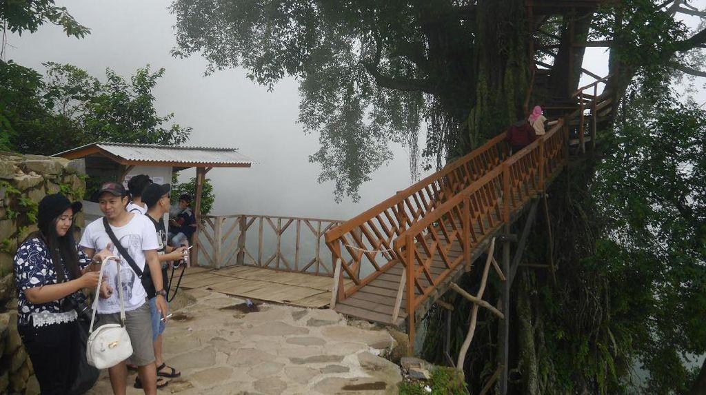 Ini Foto-foto Curug Ciherang Bogor, Ada 6 Hal Bisa Dilakuin di Sini