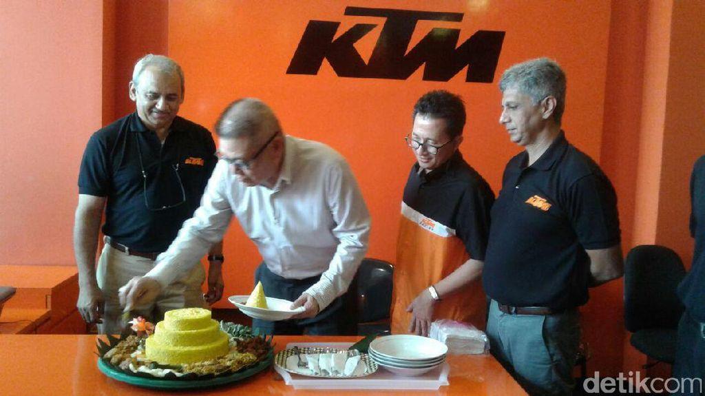 KTM Resmikan Diler di Serpong