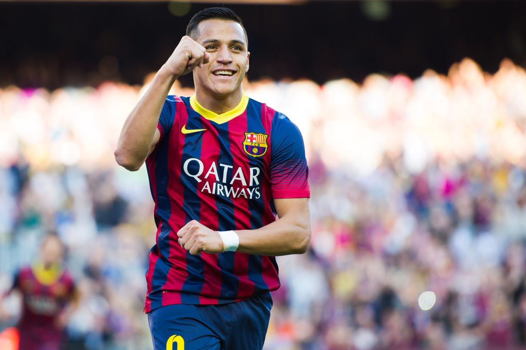 BARCELONA, SPAIN - MARCH 16: Alexis Sanchez of FC Barcelona celebrates after scoring his team's second goal during the La Liga match between FC Barcelona and CA Osasuna at Camp Nou on March 16, 2014 in Barcelona, Spain. (Photo by Alex Caparros/Getty Images)