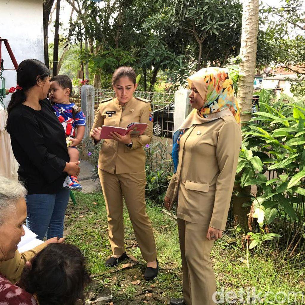 Lurah di Bogor ini Ramai Dibicarakan: Muda, Cantik dan Hobi Blusukan