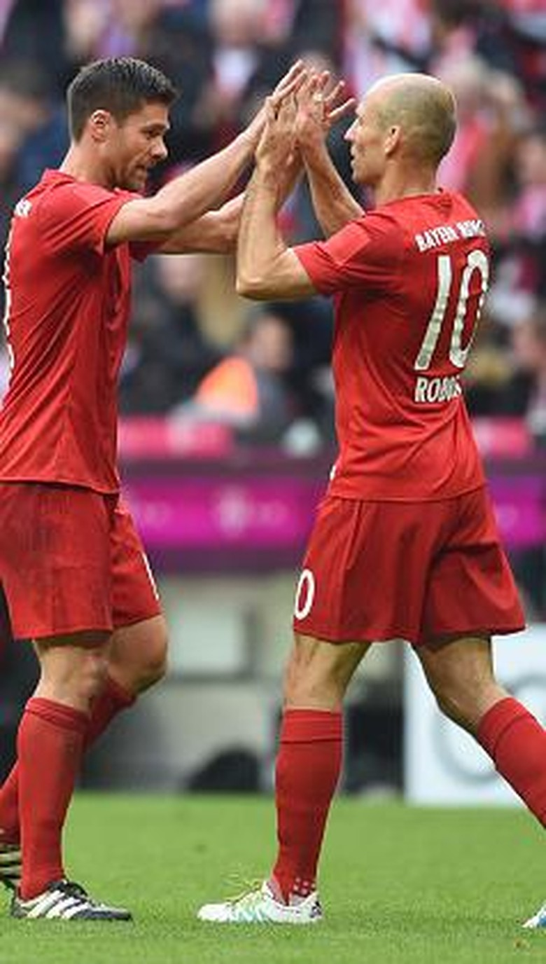 """Bandar Bola - Robben Meminta Alonso Untuk Tak Pensiun Dulu"""