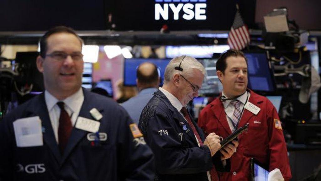 Saham-saham Finansial Berguguran, Wall Street Melemah