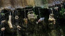 Kisah Air Setan di Inggris, Kena Tetesannya Jadi Batu!