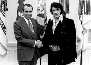 Elvis Presley Diklaim Masih Hidup, Hadir di Perayaan Ultahnya ke-82