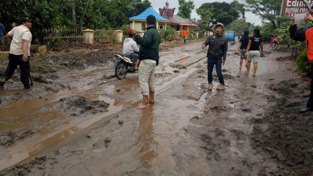 Banjir Lahar Dingin Terjadi di Karo Sumut