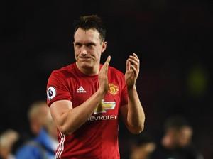 Jones Cuma Ingin Bayar Lunas Kepercayaan Mourinho