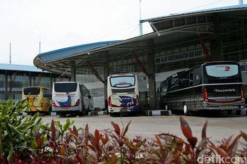 Melihat Suasana Terkini Terminal Pulo Gebang