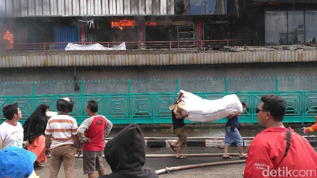 Lokasi Kebakaran Pasar Senen Beda Blok dengan Kebakaran Hebat 2014
