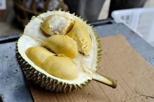 Ilmuan Berhasil Ciptakan Aroma Harum Durian dari 2 Bahan Kimia
