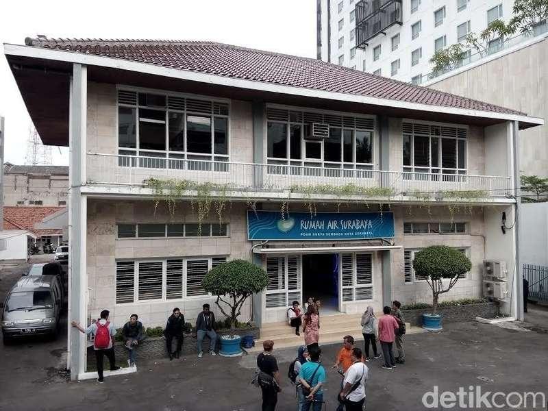 Komunitas Instagram Blusukan ke Museum Rumah Air Surabaya