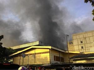 Kebakaran di Pasar Senen, Arus Lalu Lintas Macet